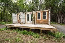 une maison container autosuffisante momo pinterest unique
