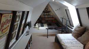 Man Cave Sofa by How To Turn Any Attic Into A Dude Living Style Man Cave Dudeliving