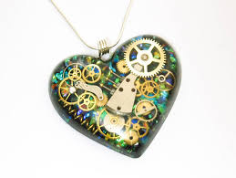 green heart necklace images Hand made steampunk jewellery home decor and art by doktress jpg