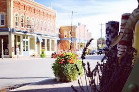 cutest small towns 15 cute towns you can visit in ontario narcity
