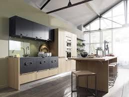 cuisine en bois gris cuisine bois et blanc laqu top cuisine bois et blanc laqu beautiful