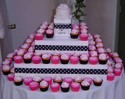 Wedding Cupcake Decorating Ideas Cupcakin It Up Cupcake Reviews Cupcake Designs And Cupcake