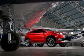 mitsubishi evolution concept mitsubishi evo successor to be high performance hybrid cuv based