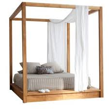 How To Decorate A Canopy Bed Canopy Beds