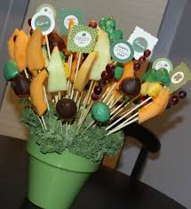 fruit arrangements diy larae s crafty corner diy edible fruit arrangements or bouquet