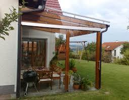 pergola balkon pergola mit seitlichem glas balkon terrassenverglasung