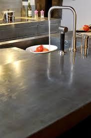 plan de travail en zinc pour cuisine cuisine jouez la carte métal décoration éviers les