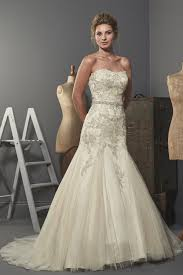 fit and flare wedding dress what s the difference between mermaid trumpet and fit and flare