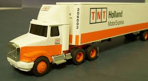 volvo model trucks tnt holland volvo model trucks hobbydb