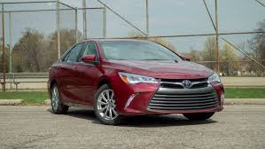 toyota camry xle v6 review 2017 toyota camry review roadshow