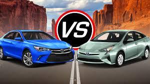 toyota prius vs camry 2016 toyota camry v6 vs prius spec comparison