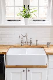 A Double Belfast Sink Is The Ideal Choice For This Classic Country - Belfast kitchen sink