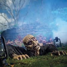 138 best zombies images on pinterest halloween ideas halloween