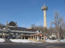 Skylon Tower Revolving Dining Room Edgewaters Restaurant And Skylon Tower In Winter Niagara Falls