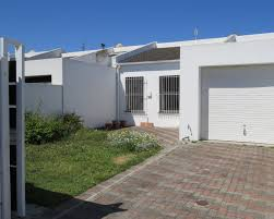 2 bedroom house for sale in marina da gama greeff properties