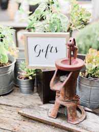 place to register for wedding wedding registry advice and tips