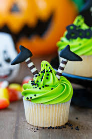 Halloween Cake Walk by Halloween Decorated Cupcakes Spooky Halloween Cupcake