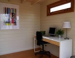 aménagement bureau à domicile abri de jardin en bois en tant que bureau à domicile idées d