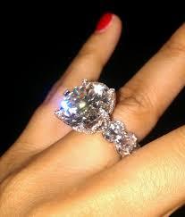 18 carat diamond ring or tacky the diamond
