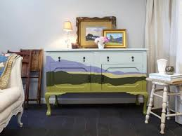 How To Paint A Table by How To Paint A Trompe L U0027oeil Design On A Dresser How Tos Diy