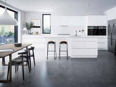 kvik cuisine cuisine mano un néoclassique au design danois kvik fr