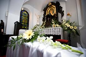 wedding flowers for church wedding flowers in church stock image image of 9793431
