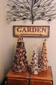 Decoration Material For Christmas Tree 15 green christmas strategies for holiday home decorating in eco style