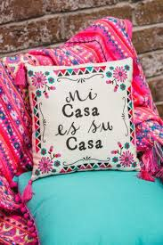 Mexican Style Home Decor Best 25 Mexican Pillows Ideas On Pinterest Mexican Bedroom