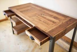Diy Wood Desk Diy Pallet Desk Designs Plans Interior Design Pallet Desk