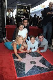 kelly ripa mark consuelos family pictures popsugar celebrity