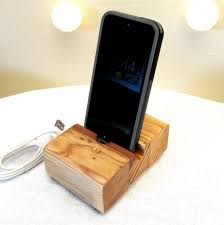 amazon com samdi new wooden cell phone stand or cell phone holder