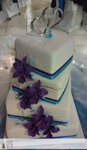 purple wash cake uplighting on a texture wall photo by heather