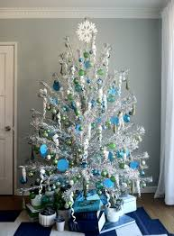 phenomenal blue and silver tree photo ideas