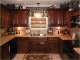 kitchen crown molding ideas crown molding for kitchen remodel make cabinet without soffit