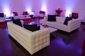Round Red Rug Furniture White Tufted Leather Lounge Sofa And Low Platform