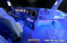 Freightliner Interior Parts Future Of Freight 4 Semi Trucks That Look Like Transformers