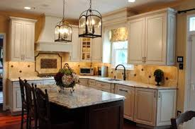 colonial kitchen design with double hanging lantern lighting