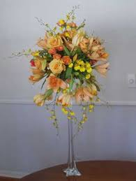 Eiffel Tower Vase With Flowers A Great Photo Of Our Centerpieces Flower Balls Each Handmade