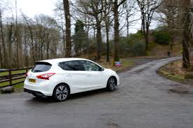 nissan family car nissan pulsar green car review greencarguide co uk