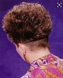 bobbed haircut with shingled npae nice clippered nape cute n curly pinterest shaved nape and curly