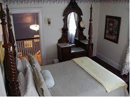 Bed And Breakfast Niagara Falls Ny The Elizabeth House Bed And Breakfast Niagara Falls Roadtrippers