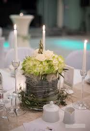 goldene hochzeit blumen die besten 25 hochzeitsblumen grün ideen auf table