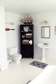 Mason Jar Bathroom Storage by Unique Bathroom Décor That Is Also Useful