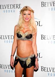 60 Supersexy Celebrity Halloween Costumes Tara Reid Halloween