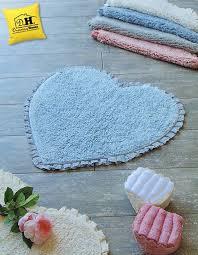 tappeti stile shabby tappeto bagno in stile shabby con delizioso frill tono su tono in