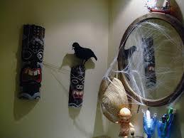 bathroom halloween decorations