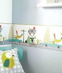 frise adhésive chambre bébé kek frise murale enfant parade des animaux 16x500cm acaza shop frise
