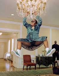 Im Gonna Swing From The Chandelier Sia Swings From The Chandelier And Wins Theezy Knows Best
