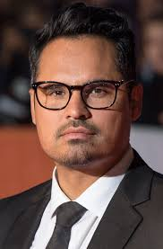 Famous People With Color Blindness Michael Peña Wikipedia
