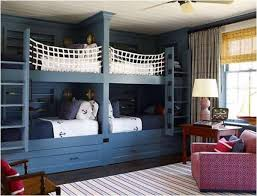 Bunk Beds  Use Free Space To The Maximum Find Fun Art Projects - Rooms to go bunk bed